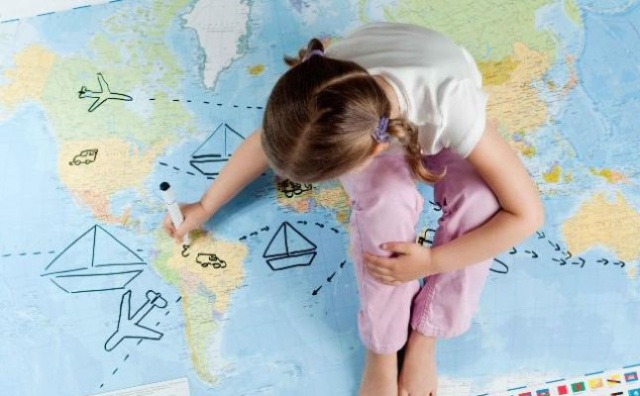 Photo of كيف تُوجّهين حشرية طفلك لتكون معرفيّة بحتة؟