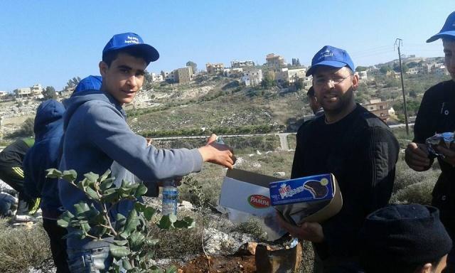 Photo of بالصور : بلدية الشهابية تزرع 300 شجرة بالتعاون مع كشافة الامام المهدي (عج)