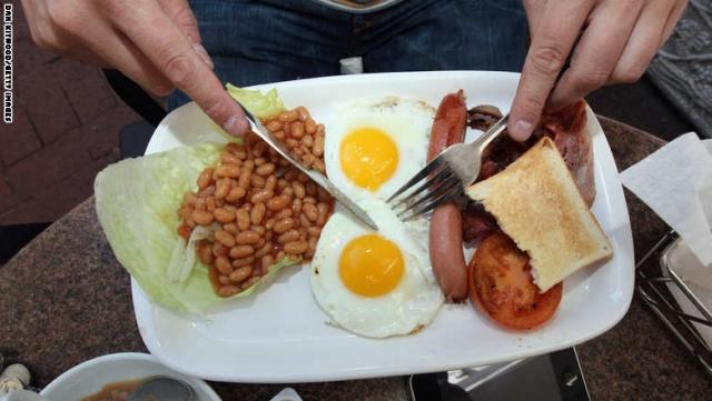 Photo of أطعمة ومشروبات إذا تناولتها سوياً سوف تدمر صحتك