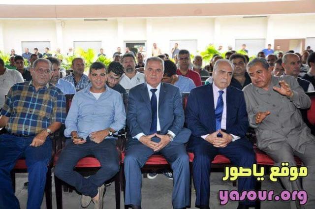 Photo of بالصور | الحاج حسن قانصوا (أبو أحمد) مستقبلاً وفود سياسية في أبيدجان