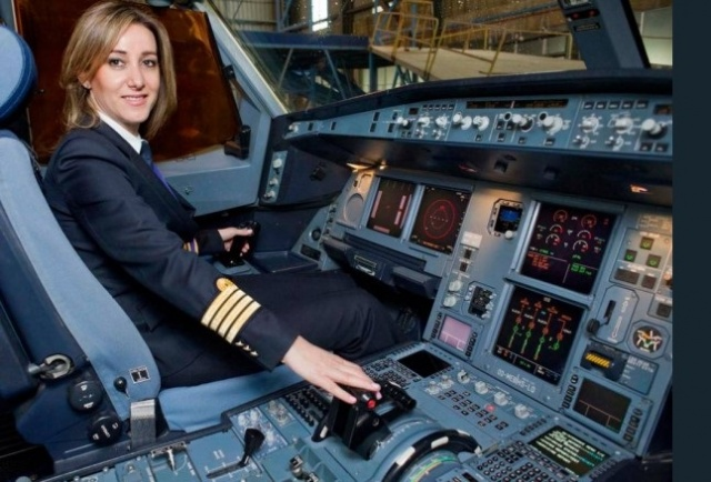 Photo of 'الكابتن' اللبنانية 'رولا' تروي: هكذا قررت.. وأحدهم ترك الطائرة لاكتشافه أنني أقود!