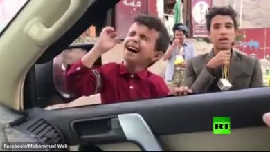Photo of بالفيديو | الفنان الصغير.. 'موهبة ساحرة' من رحم المعاناة