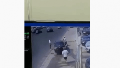 Photo of فيديو يوثّق لحظة وقوع حادث سير مروع على اوتوستراد الضبيّة… وسقوط قتيل وجريح
