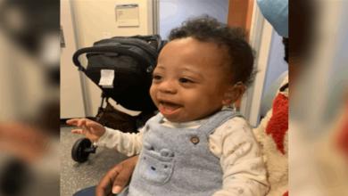 Photo of بالفيديو | رد فعل مؤثر لطفل يسمع صوت والدته لأول مرة